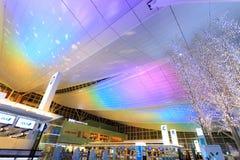 Luces e iluminaciones en el aeropuerto de Haneda Foto de archivo