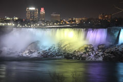 Luces en Niagara Falls Fotos de archivo libres de regalías