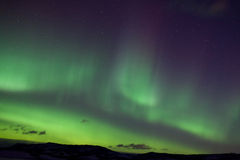 Luces norteñas coloridas (borealis de la aurora) Imágenes de archivo libres de regalías