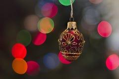 Luces rojas del ornamento y del día de fiesta de Navidad Fotografía de archivo