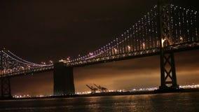 Luces, San Francisco y Oakland del puente de la bahía Fotografía de archivo libre de regalías