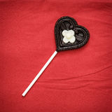 Lucette en forme de coeur de chocolat Photographie stock libre de droits