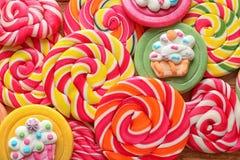 Lucettes colorées savoureuses comme fond Photos stock