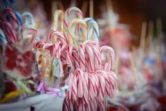 Lucettes traditionnelles de canne de sucrerie de Noël Images libres de droits