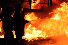 Lucha contra el fuego imagen de archivo libre de regalías