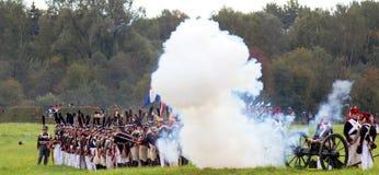 Lucha de los soldados en humo Imagen de archivo libre de regalías