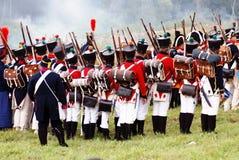 Lucha de los soldados en humo Imagen de archivo