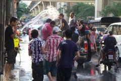 Lucha tailandesa del agua del Año Nuevo Imagen de archivo libre de regalías