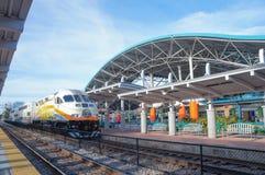 Luchs-Hauptbahnhof, SunRail-Zug, Luchs-Autobusstation, Orlando Florida Lizenzfreies Stockfoto