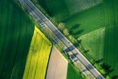 Lucht autosnelweg in groen royalty-vrije stock foto's