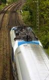 Lucht Beeld van het Overgaan van trein Stock Afbeeldingen