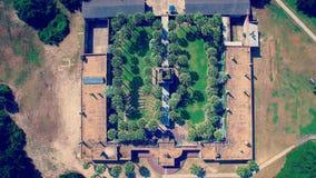 Lucht boven geschoten van groot kasteel Stock Afbeelding