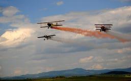 Lucht gevecht - Luchtacrobatiek Stock Afbeeldingen