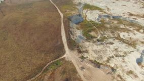 Lucht Mening Kalksteen open carri?re in Bakhchisarai, de Krim stock footage