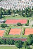 Lucht Mening met Tennisbanen stock afbeelding
