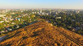 Lucht Mening Stad van Simferopol van Scythian Napels, de Krim stock videobeelden