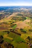 Lucht mening van een groen plattelandsgebied in de herfst Royalty-vrije Stock Foto's