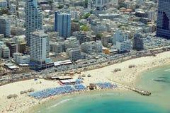 Lucht mening van het strand van Tel Aviv Stock Afbeelding