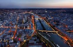 Lucht Mening van Parijs bij de Zonsondergang royalty-vrije stock fotografie