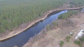 Lucht mening van rivier stock video