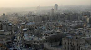 Lucht mening van stad Aleppo stock foto's
