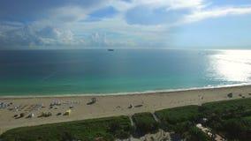 Lucht panoramisch van het Strand van Miami stock videobeelden