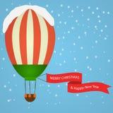 Luchtballon met vrolijke Kerstmis Stock Afbeelding