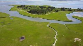Luchtbeeld van Marsh Habitat in Cape Cod stock videobeelden