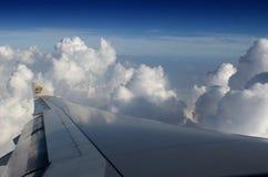 Luchtbus A330-243 Etihad - vleugel Stock Fotografie