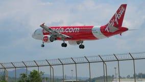 Luchtbus A320 het Landen stock footage