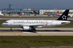 Luchtbusa320 Vliegtuig Star Alliance stock afbeeldingen