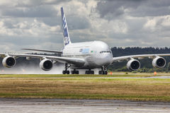 Luchtbusa380 vliegtuigen Stock Afbeeldingen