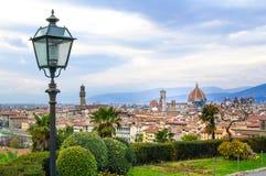 Luchtcityscape van Florence. Panoramamening van Michelangelo-park stock foto