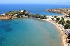 Luchtfoto, het Strand van Agioi Apostoli, Chania, Kreta, Griekenland royalty-vrije stock fotografie