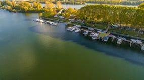 Luchtfoto met haven in Wiesbaden Duitsland royalty-vrije stock afbeelding