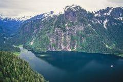 Luchtfoto van de Fjord van Alaska stock foto