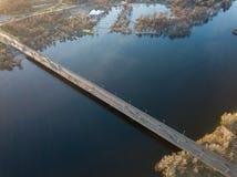Luchtfoto van Dnieper en de het Noordenbrug in April Kiev, de Oekraïne Stock Foto