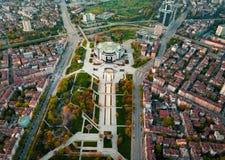 Luchtfoto van Nationaal Paleis van Cultuur in Sofia stock foto