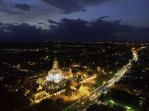 Luchtfoto van Wat Phra Mahathat Woramahawihan royalty-vrije stock afbeelding