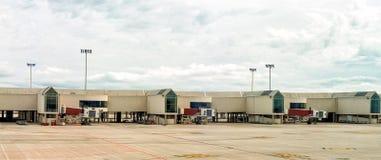 Luchthaven einddokken royalty-vrije stock afbeeldingen