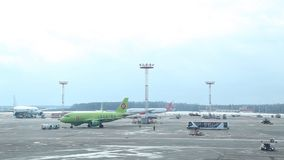 Luchthaven 03 van Rusland, Moskou Aeroflot 03 17 stock video