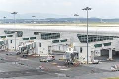 Luchthavenhanger stock afbeeldingen