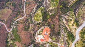 Luchthommelbeeld van Meteora Royalty-vrije Stock Foto's