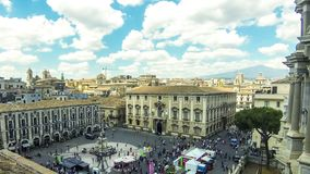 Luchthorizonmening van de oude stad van Catanië, Sicilië, Italië stock video