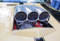 Luchtinham van de sportwagen bij de show van de auto's van inzamelingsretrofest royalty-vrije stock foto