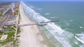 Luchtlengte Daytona Beach FL stock footage