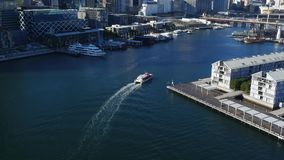 Luchtlengte van Darling Harbour Sydney stock footage