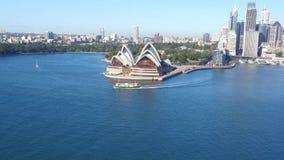 Luchtlengte van Sydney Harbour en Cirkelkade stock video