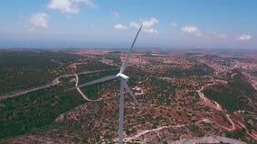 Luchtlengte: Windmolen in Pahos-district, Cyprus stock videobeelden