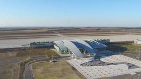 Luchtmening aan Platov-luchthaven in Rusland stock videobeelden